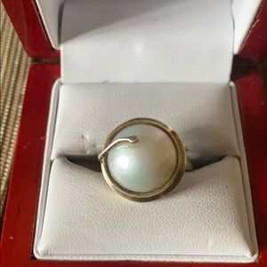 Jewelry - Sterling silver Perl ring